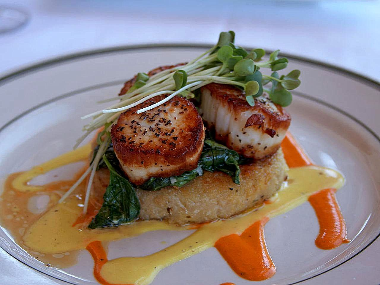 Seared Scallops With Brown Butter And Lemon Pan Sauce Dash Lobster