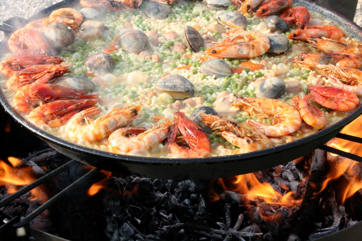 delicious history of seafood boils